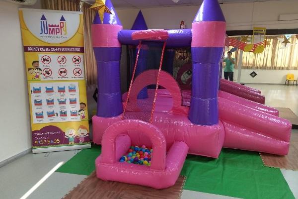 Pink Princess Bouncy Castle Rental (2)