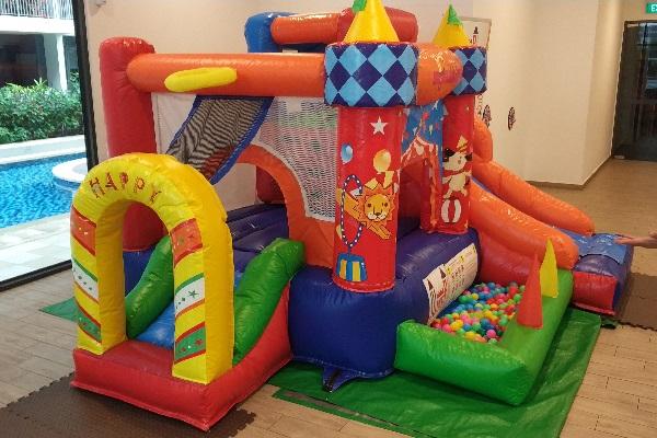 7 in 1 Adventure Bouncy Castle 2