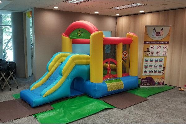 Play Zone Bouncy Castle